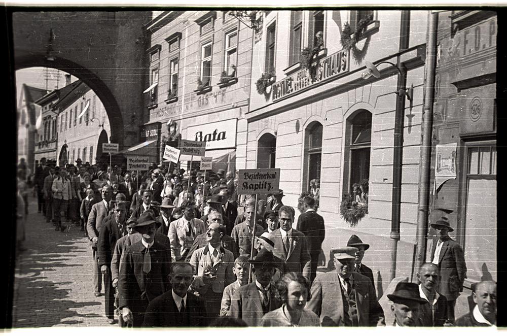 LatrT†n before World War I